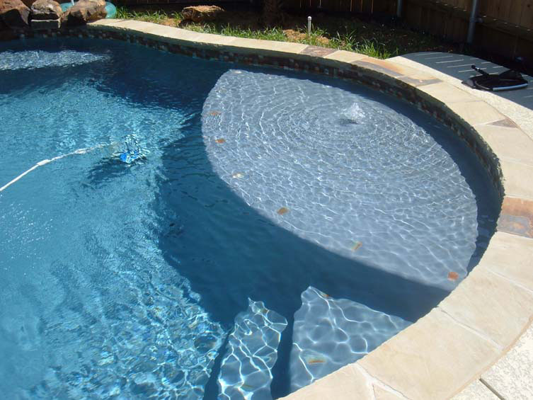 Seahorse Pools Amp Spas Tanning Ledges