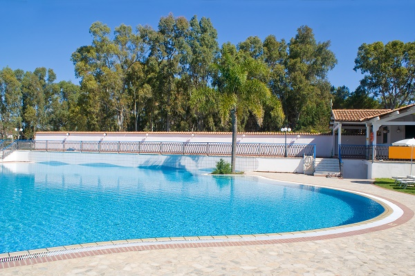 How to care for the swimming pool plaster